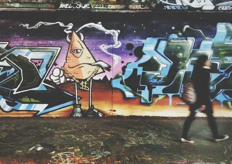 $moking! Andrographer Streetart Streetphoto_color Writing On The Walls