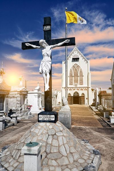 St Roch Cemetery, New Orleans, LA Taking Photos Check This Out Traveling Popular Photos EyeEm Best Shots Malephotographerofthemonth Eye4photography  Cemetery Haunted New Orleans ❤✔.