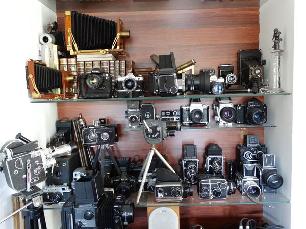 Antiques Cameras Collection Indoors  Mecanical Old Cameras Photography Records Reflex