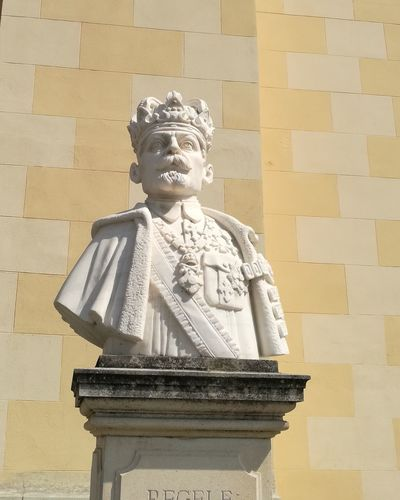 Architecture Statue King - Royal Person History Travel Destinations