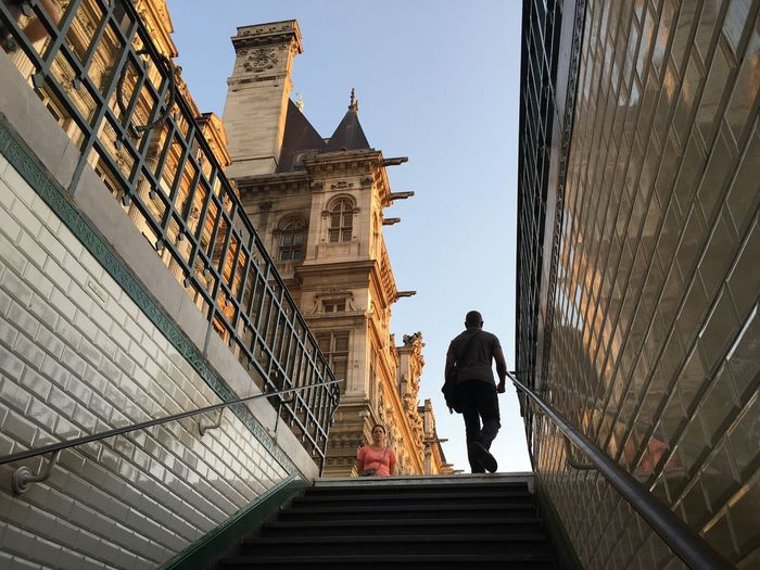 Impredecible... Paris Paris, France  Steps And Staircases Metro Metro Station Hôtel De Ville Lookingup Streetphotography Street Style From Around The World
