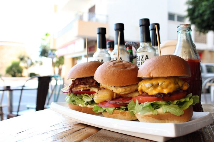 Burger sliders Food And Drink Table Sliders Burgers Trio Outdoors Al Fresco Restaurant Food Day No People Cafe Burger Ready-to-eat