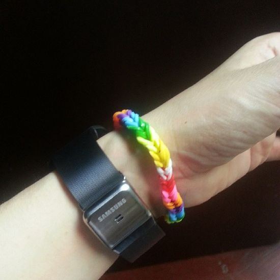 i did the easiest loom ? RainbowLoom FeelingCool SamsungGear Gearandloom
