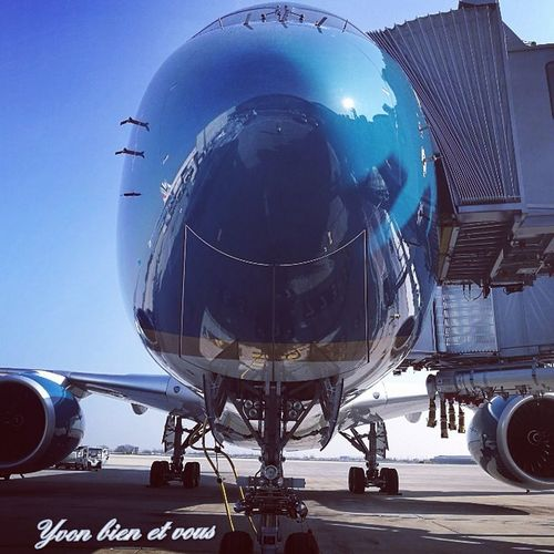 Voyage Trip Plane Engine Aircraft Blue Sky Vietnam Vietnamairlines Yvonbien France Transportation Airplane Commercial Airplane Technology No People Airport Aerospace Industry