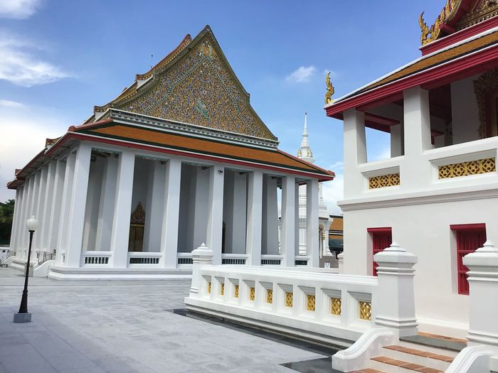 Buddhist Temple Built Structure Architecture Building Exterior Building Sky Belief Day