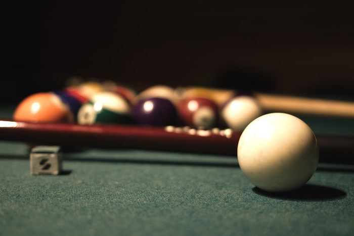 Game Balls Billard Table Billard Pool Ball Pool Table Pool - Cue Sport Sport Leisure Games Ball Snooker Ball Indoors  Snooker Table Night Pool Cue No People Close-up Cue Ball Competition Competitive Sport Snooker And Pool