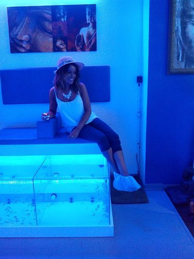 Today's Hot Look Beauty Fish Pedicure Tannedskin Holydays From Spain With Love Relaxing Relax Time  Check This Out Color Portrait