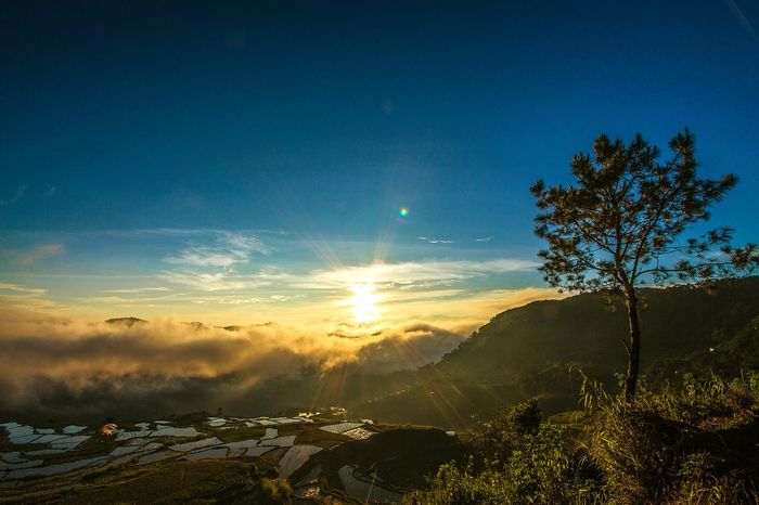 Edge Of The World at the top of Sagada Mountain Province. Philippines. A breathtaking place to witness such a beautiful sunrise. The Traveler - 2015 EyeEm Awards EyeEm The Best Shots Travel Philippines Travel Photography Eyeem Philippines Eyeem Edge Of The World Traveling The World EyeEm Best Shots - Nature Sagada Adventure The Great Outdoors - 2016 EyeEm Awards