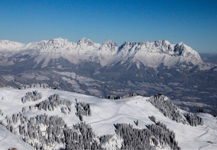 Kitzbühel / Streif Snow Mountain Winter Cold Temperature Mountain Range Snowcapped Mountain Nature Beauty In Nature Outdoors Landscape Scenics No People Sunlight Day Frozen Clear Sky Ski Holiday Place City Landscape Kitzbühel Kitzbüheler Alpen Alps Wilder Kaiser EyeEmNewHere