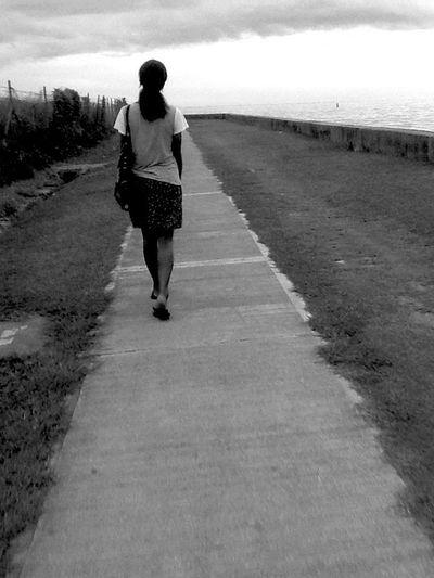 Self Portrait Islandgirl Longwalks Seawall FijiLiving Catchingsunsets ✌🏽️