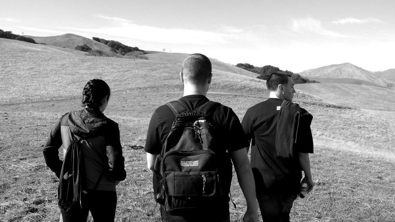 Rear View Leisure Activity Scenics Tranquility Togetherness Friendship Weekend Activities Lifestyles Hiking Adventure Monochrome Monochrome Photography Huwawei Blackandwhite Photography The Traveler - 2018 EyeEm Awards