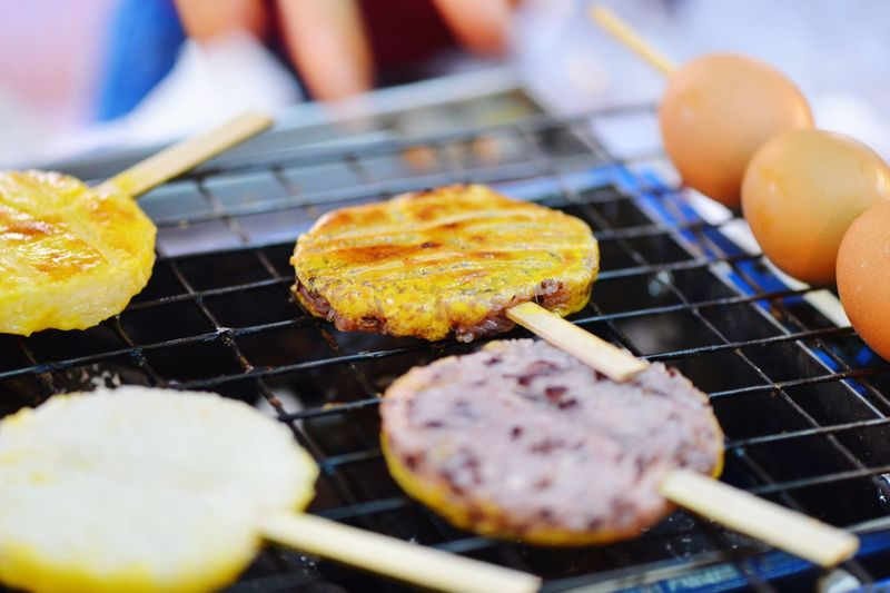 Food On The Go Food And Drink Barbecue Barbecue Grill Rice Cake Sticky Rice Egg Ricecake Snacking Hungry Live To Eat Food Grilled Heat - Temperature Skewer Ready-to-eat