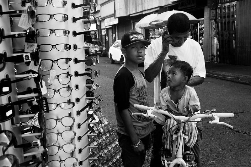 Flanuering in Black and White Bike Black & White Black And White Blackandwhite Blackandwhite Photography Eyeem Philippines Father & Son Philippines Street Street Photography Streetphoto Streetphoto_bw Streetphotography Streetphotography_bw Sunglasses The Street Photographer - 2016 EyeEm Awards