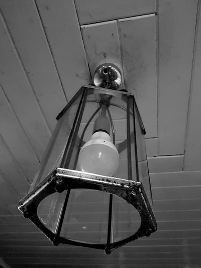 Black And White Friday Light Lightshade Playing With The Light Playing With Filters