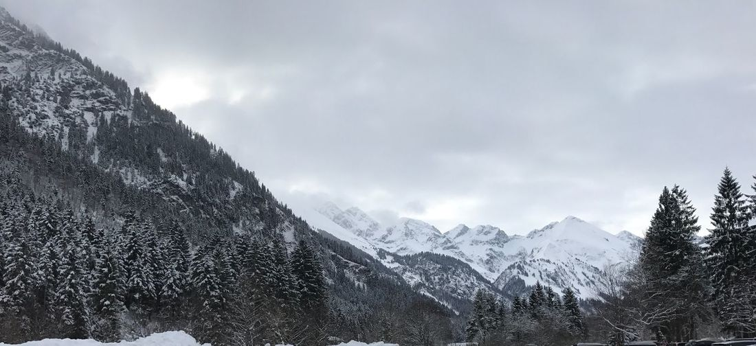 Alps Snowboard Skiing Snowboarding Obersdorf Nature Snow Winter Cold Temperature Mountain Beauty In Nature Weather Sky Outdoors Landscape Range Snowcapped Mountain Mountain Range Scenics No People Frozen Tranquility Tranquil Scene