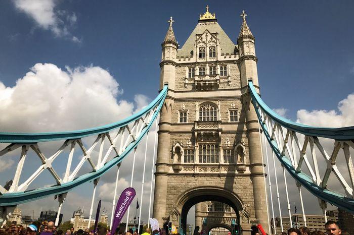 London Marathon 2017 Architecture Built Structure Bridge - Man Made Structure London Marathon London London Marathon 2017 Runners