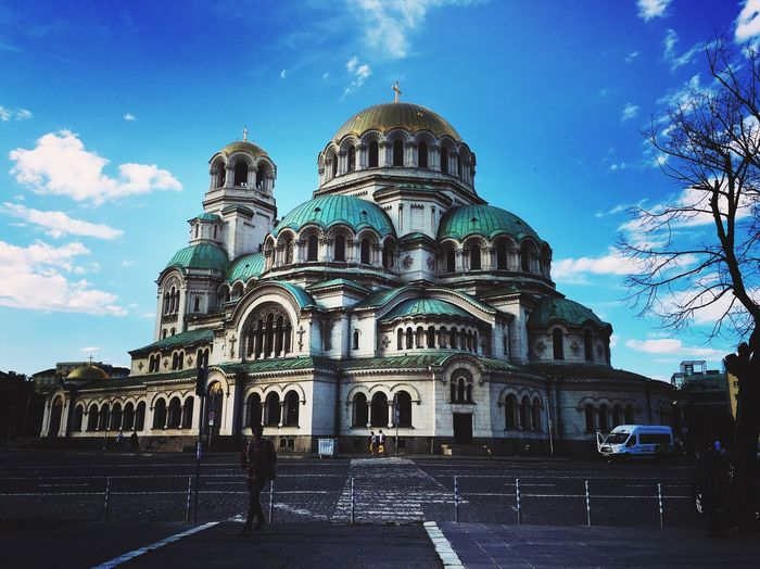 Alexander Nevsky Cathedral in Sofia 🇧🇬 Vault Tourists And Locals Tourists Destination Place To Visit Capital City Sofia, Bulgaria Cathedral Architecture Building Exterior Built Structure Sky Cloud - Sky Religion Travel Destinations City Building History Street The Architect - 2018 EyeEm Awards
