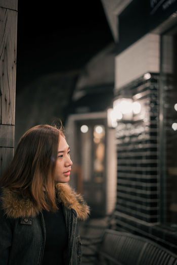 looking you Classic Model Wife Christmastime NewYear Adult Young Adult City People Beauty Beautiful Woman Only Women One Woman Only Beautiful People One Person Women Warm Clothing Adults Only Winter Night Portrait Cold Temperature Young Women One Young Woman Only