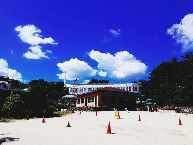 건물 시골 풍경 Korea 구름 하늘 그림자 필터 Treval Blue Sky Blue Chruch City Tree Sky