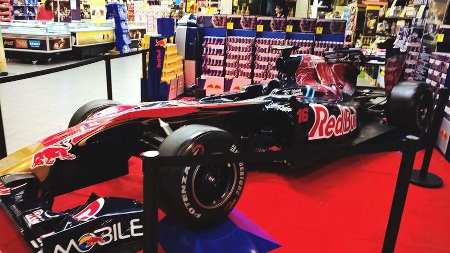 Lyon : la nouvelle campagne marketing pour vendre du Red Bull dans les grandes surfaces