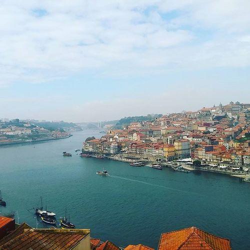 É lindo ou não é? Portovistodegaia Porto