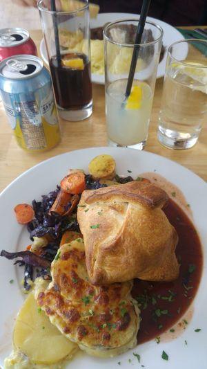 Lunch Honest Food Healthy Lifestyle Healthy Eating Vegan Vegan Food Carrots Mushroom Wellington Drinks