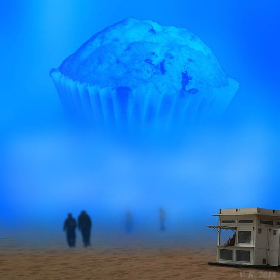 Welcome to the muffin monument Digiart Mobileartistry ArtWork Photo Editing Surrealism My Surreal Art Showing Why I Could Be An Open Editor Now Online Surreal Photomanipulation