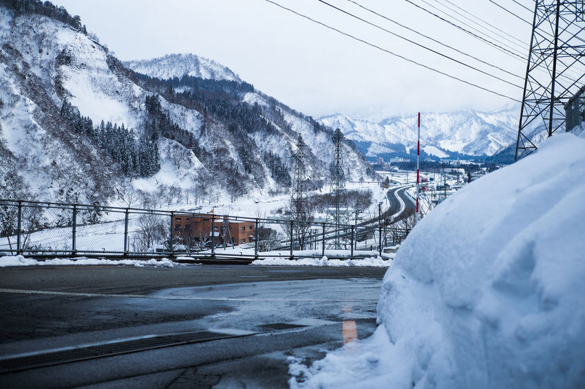 Yuzawa city YUZAWA Beauty In Nature Cable Cold Temperature Connection Covering Day Electricity  Mode Of Transportation Mountain Mountain Range Nature No People Outdoors Public Transportation Scenics - Nature Sky Snow Snowcapped Mountain Transportation White Color Winter Yuzawa City