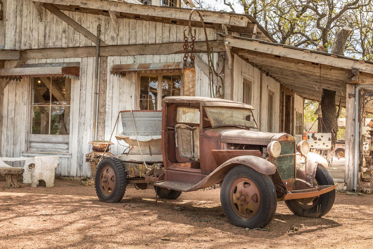Old rusty truck and an old barn Texas Truck Auto Post Production Filter Automotive Photography Vintage Vintage Car Rusty Rusty Metal Rustygoodness Barn Barn Find Retro Retro Styled Farm Rural Scene Abandoned Abandoned Places Travel Travel Destinations Transportation Mode Of Transportation Architecture Day Land Vehicle Building Exterior Built Structure Men Motor Vehicle Nature People Obsolete Old Car Outdoors Adult Deterioration