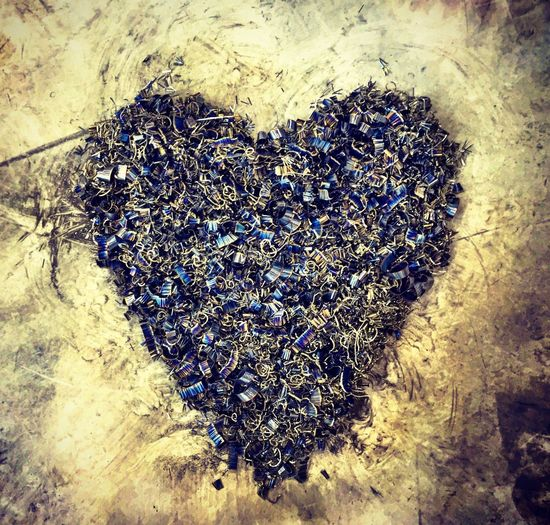 Heart ❤ Metal Chips Heart Metal Art IPhoneography February 2016 The Week Of Eyeem Love Chips Metal Textures And Surfaces Texture