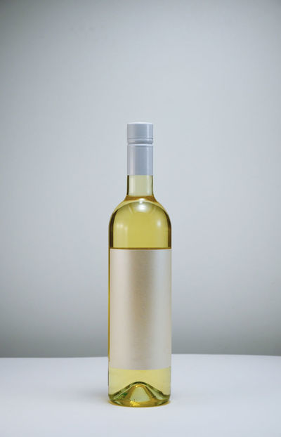 Yelow Wood Winery Wineglass Wine Time Wine Tasting Wine White Vino Table Party Minimal Merlot Liquid Kitchen Isolated Glass Elégance Drinking Drink Crystal Clear Composition Bottle Alcohol Bottles Alcohol