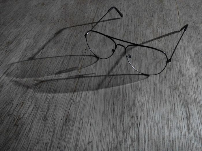 Think big. See big. Look at your future ! Past Present Future Think Big See Big Look At Your Future Openeyes No Filter Dim Light Shadows & Lights Shadow Eyeglasses  No People Close-up Sketch Day Indoors