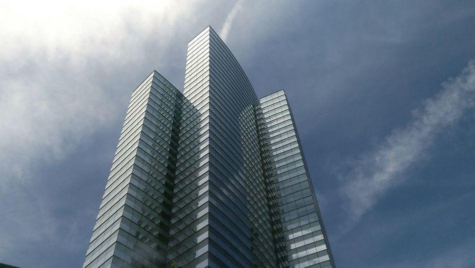 Big buildings in Vegas? Who thought? Las Vegas Cosmopolitan