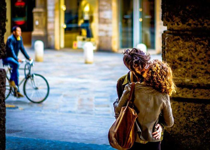 Love Fiance Couples Loving Kiss Street Picoftheday Having