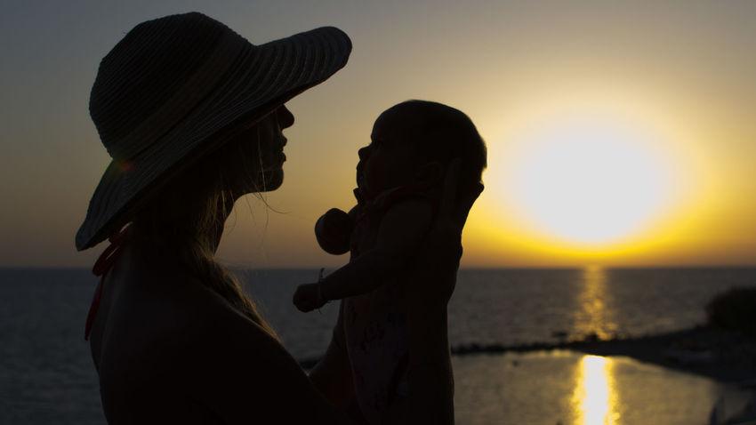 Mum & son Love Love Sea Sun Woman Mum Son Sunset Silhouette Summer Falling In Love Romance Affectionate Human Sexual Behavior