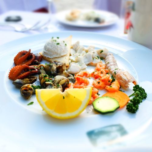aperitif Fujifilm_xseries Fujifilm Appetizer Aperitif Seafoods Lunch Restaurant Photography Photo Venise Italy Photo Foto Trattoria Food Food And Drink Plate Freshness Healthy Eating Ready-to-eat Wellbeing Table Close-up Seafood Fruit Meal Vegetable