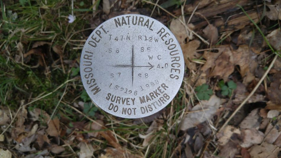 Nature Outdoors Missouri Conservation No People Forest Hiking Survey Marker Conservation Area Missouei Park