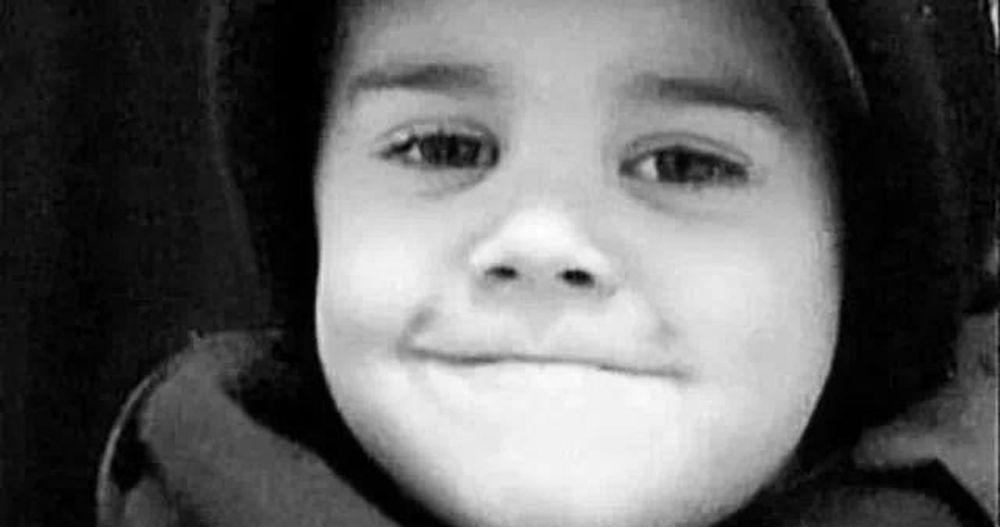 Bieber Justinbieber Fever Love this boy is my hero!! <3