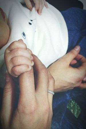 """Things I Like: being an aunt ❤ """"Your little hands wrapped around my finger, and it's so quiet in the world tonight..."""" Hands Baby Hands  Auntie Cellularphotography Samsung Galaxy S4 Samsungphotography Galaxys4"""