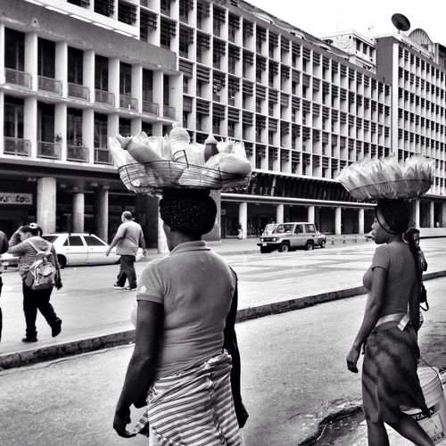 Mango verde, anyone? Blackandwhite Streetphotography Welcome To Black