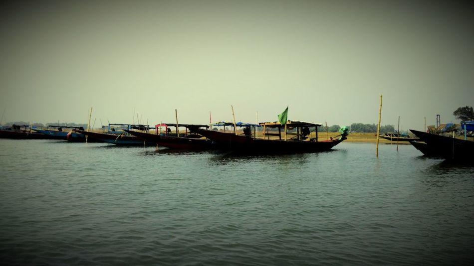 Q queue of boats!!