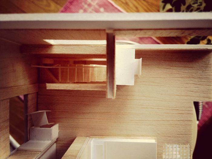 七日町リフォーム:「Mr.たくみ」の模型プラン-4 何が嬉しいってリビングインの階段。建築面積や構造上、大きな吹き抜けは作れないけれど、スケルトンの階段が2階と3階の空間をつなぐ。デスクでちょっとした仕事をしながらでもキッチンにいる奥さんと話が出来るのが嬉しい。 IPhoneography 七日町リフォーム