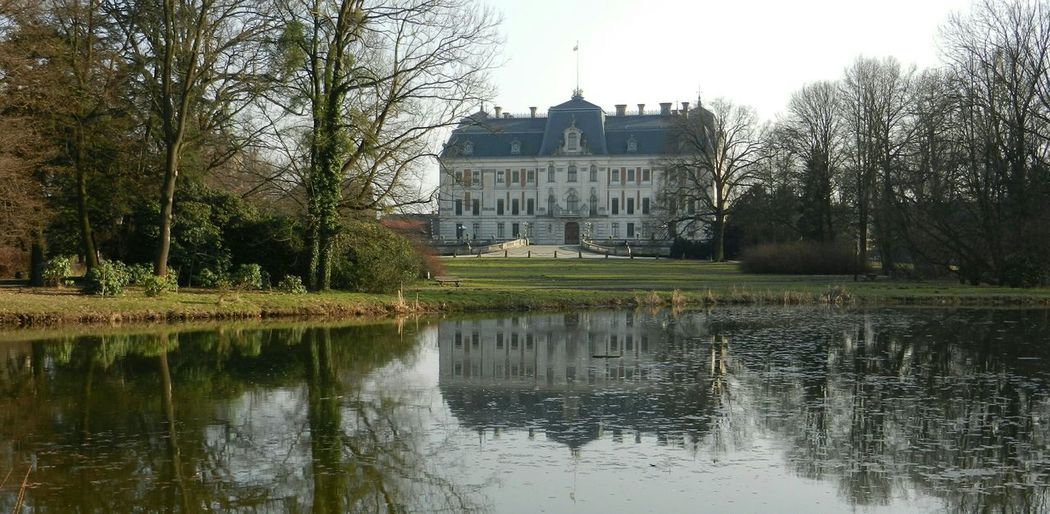 Castle History Arhitecture Pszczyna Poland Śląsk Górny śląsk Bulding Lihts And Shadows Water Reflections