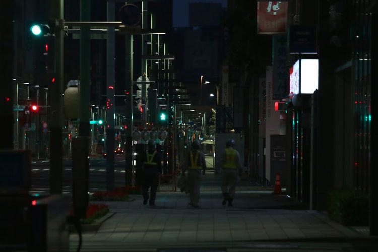 Taking Photos Inspired Silence Streetphotography Darkness And Light Tokyo,Japan Point Of View Who Inspires You Peaple Photography Urban Lifestyle Work Men Men At Work  Early Morning Walk