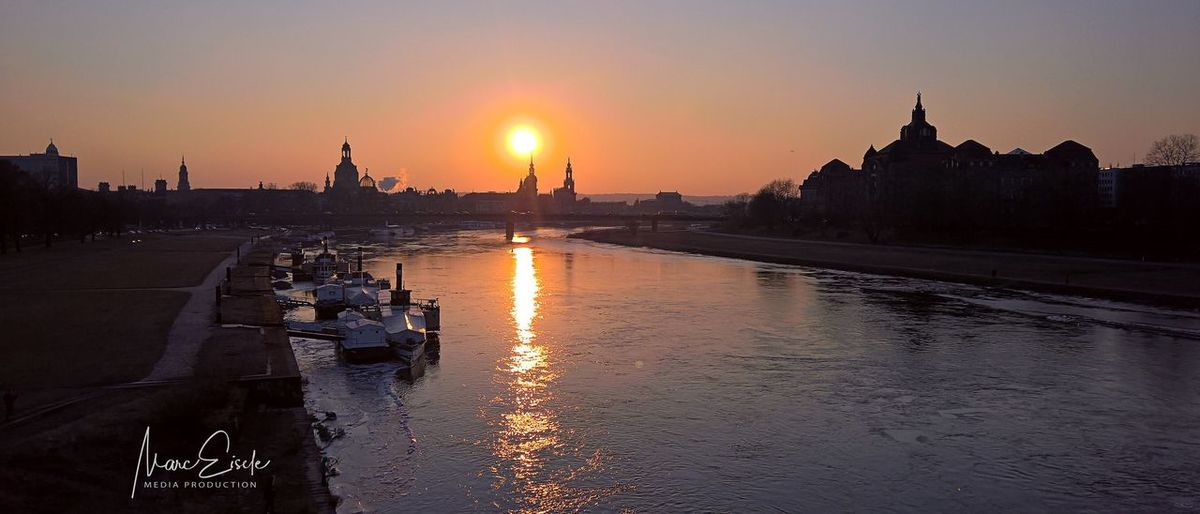 Sunset over Dresden Dresden EyeEm Selects Sunset Sky Architecture Built Structure Water Building Exterior River Sunlight Silhouette Building City Reflection Sun Nature Travel Destinations