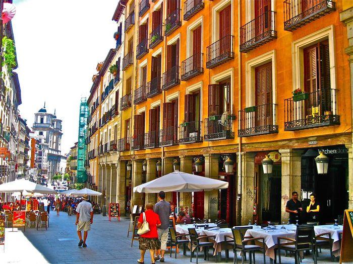 Cafe Café In Madrid Madrid Sidewalk Cafe Madrid, Spain