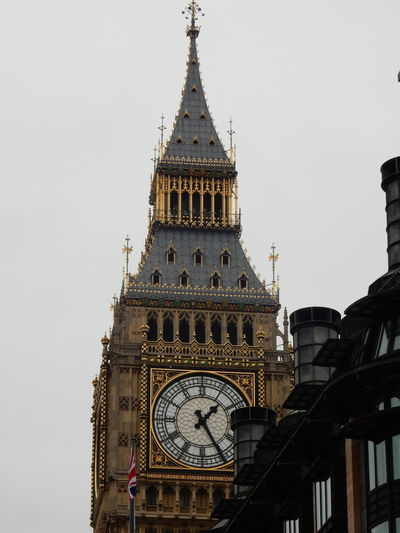 Westminster London Government Architecture Big Ben North Tower Elizabethtower Gold Old Fancy Intricate Designs EyeEm LOST IN London Postcode Postcards
