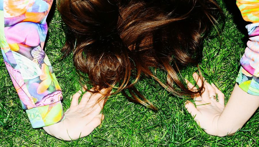 Hair Spring Young Girl Model Sexygirl Colors Green Grass Hands Warm