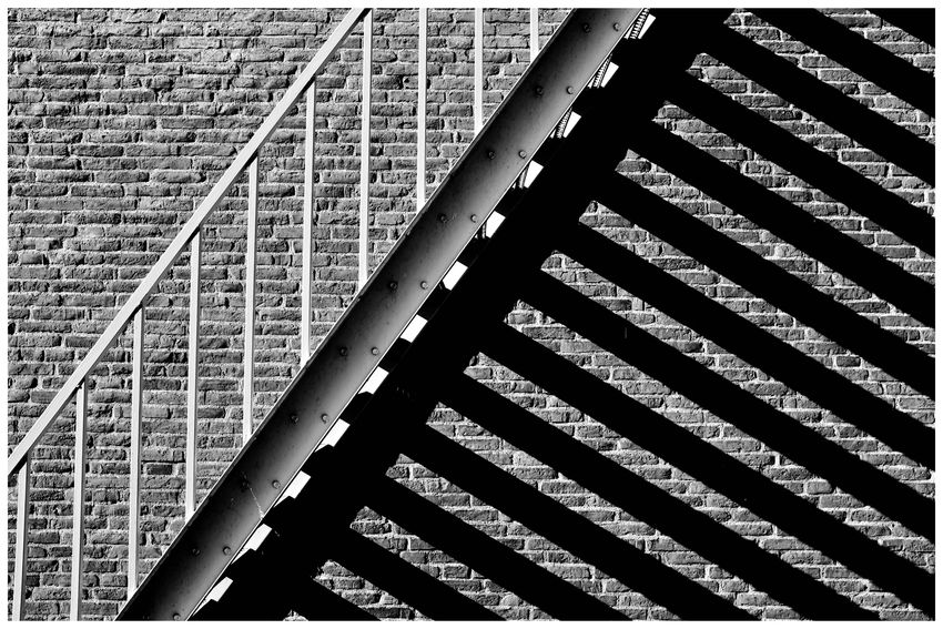 Shadow Shadows & Lights Sunlight Sunlight And Shadow Blackandwhite Blackandwhite Photography Blackandwhitephotography Blackandwhitephoto Black And White Black And White Photography EyeEm Best Shots - Black + White Stairs Stairs & Shadows Backgrounds Full Frame Pattern Close-up LINE Seamless Pattern White Line