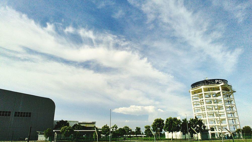 Peace . Sky Cloudy